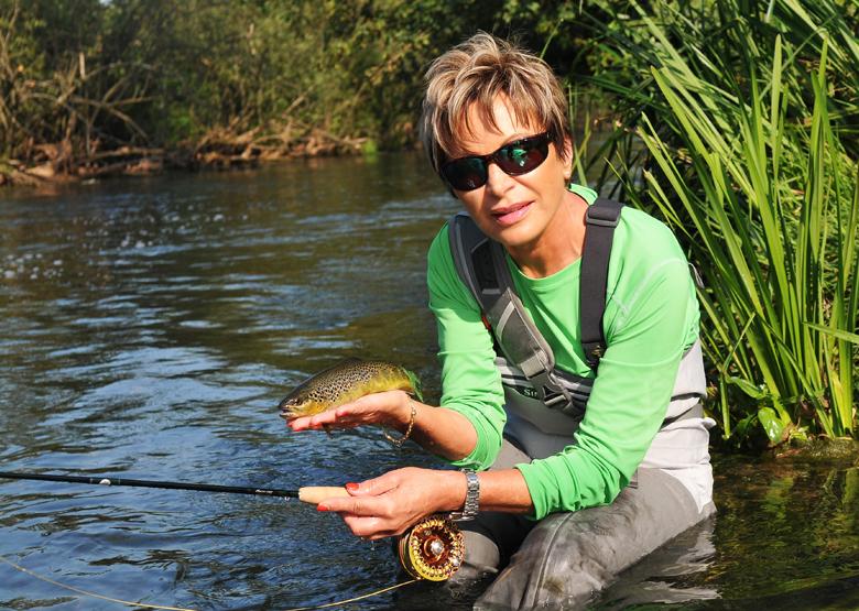 Mirjana Pavlic beim Fliegenfischen